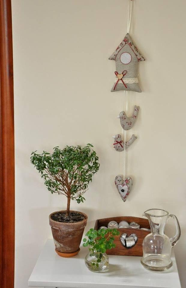 colgante casita pajaros arpillera