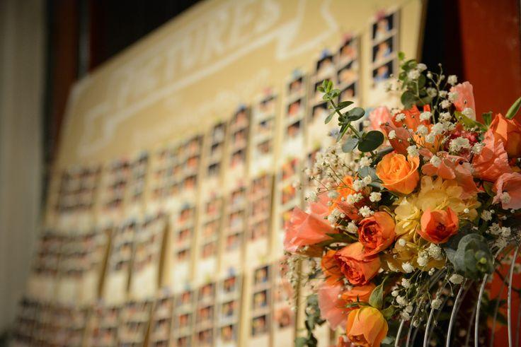 En memorabilia vamos mucho más allá de los recordatorios.  Nos esforzamos por sorprenderte a ti y a tus invitados con montajes decorativos que nadie olvidará.