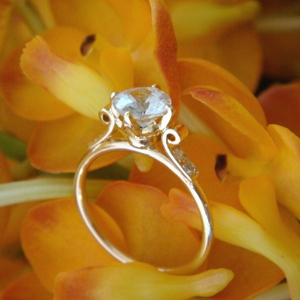 Lotus Engagement Ring in 18k Yellow Gold, Original Design, Made to Order