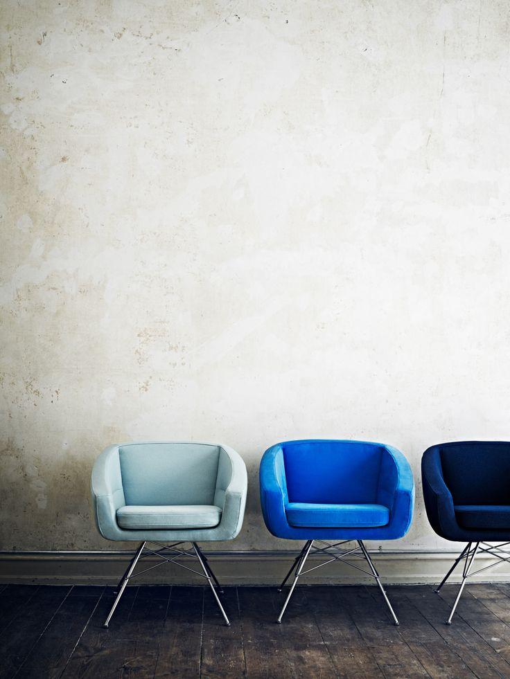 La gamme de fauteuils aiko for Chaise basse design