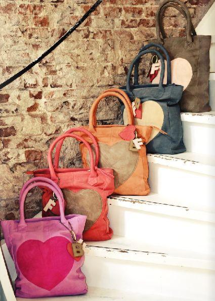 Samenwerking Blond-Amsterdam en Fab. resulteert in vrolijke tassen