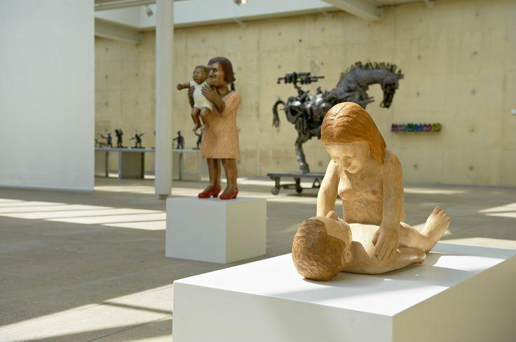 The Rainbow Nation. Contemporary South African Sculpture in museum Beelden aan Zee (2012). | Sculptures by Deborah Bell in front and Willie Bester in the background.#sculpture #beeldhouwkunst