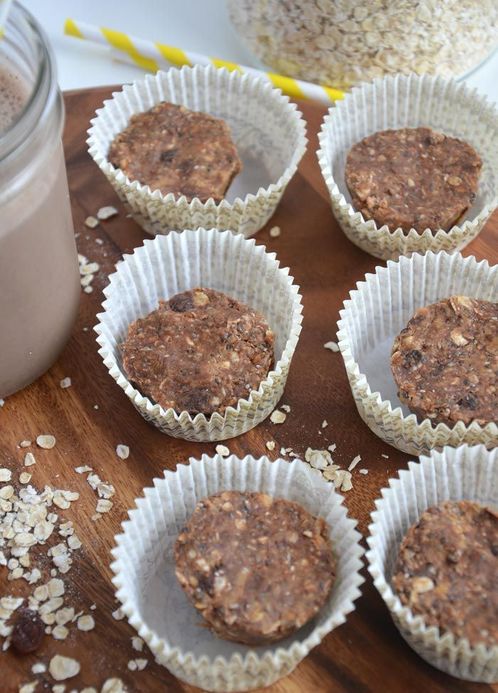 Back to Basics with Adams Peanut Butter: Mini PB Oat Cups and PB Oatmeal Smoothie via @runonrealfood