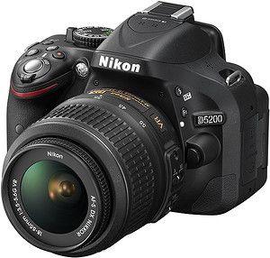 Nikon D5200 + Nikkor AF-S DX 18-55mm f/3,5-5,6G VR II