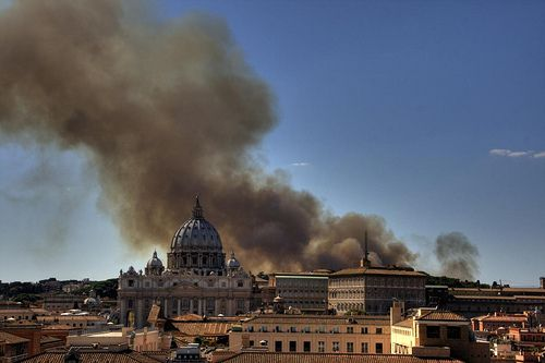 News Alert (just a few minutes ago) Vatican blast fears as thick black smoke is seen billowing over Pope's walled city after reports of 'explosion' Further info on https://www.thesun.co.uk/news/3701491/vatican-fire-explosion-smoke-rome-latest-updates/ and http://www.dailystar.co.uk/news/world-news/619106/Vatican-city-Rome-Pope-Francis-terror-fire-smoke Source for the image: http://www.flickriver.com/photos/lodewijkvandoorn/4019183550/