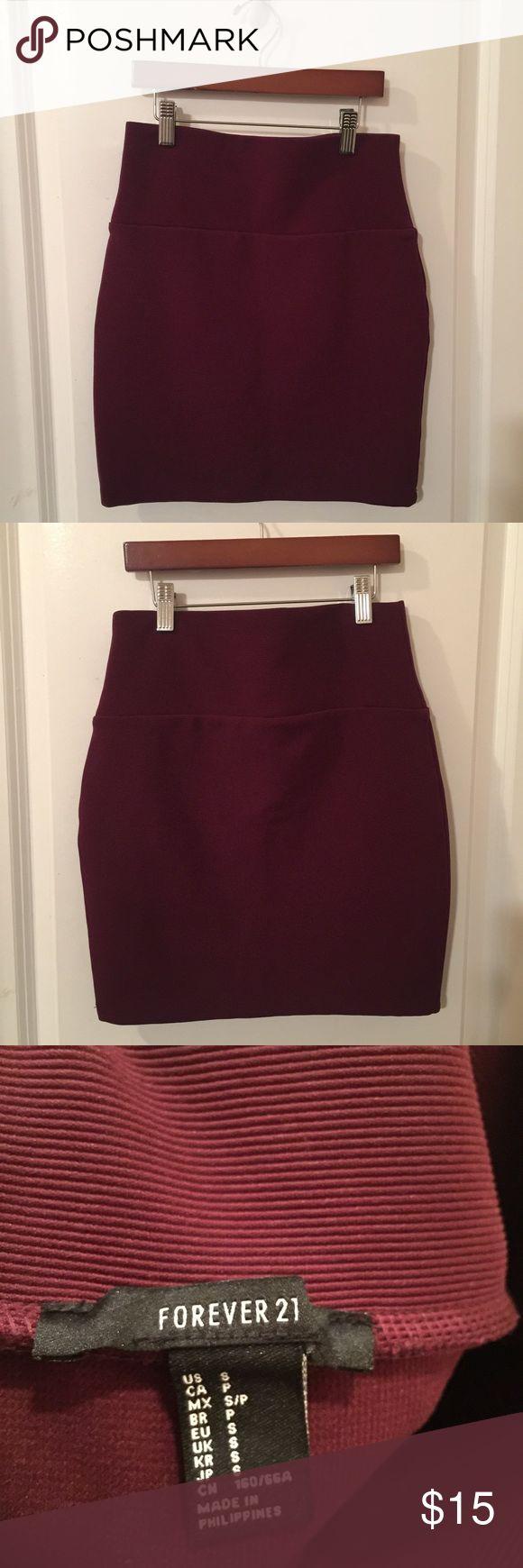 Burgundy Forever 21 skirt small Burgundy Forever 21 skirt, size small. Measures 17 inches from waist to hem Forever 21 Skirts Mini