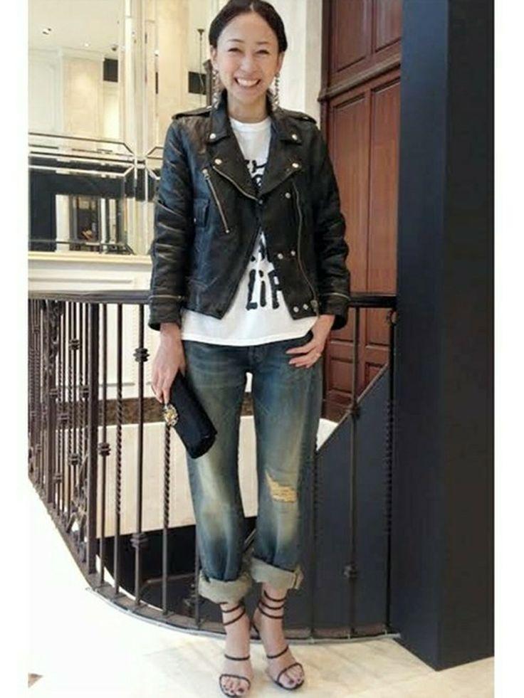 Deuxieme Classe 青山店   EBIさんのTシャツ・カットソー「DEUXIEME CLASSE ◆LES PRAIRIES DE PARIS Freeman ノースリーブTシャツ」を使ったコーディネート