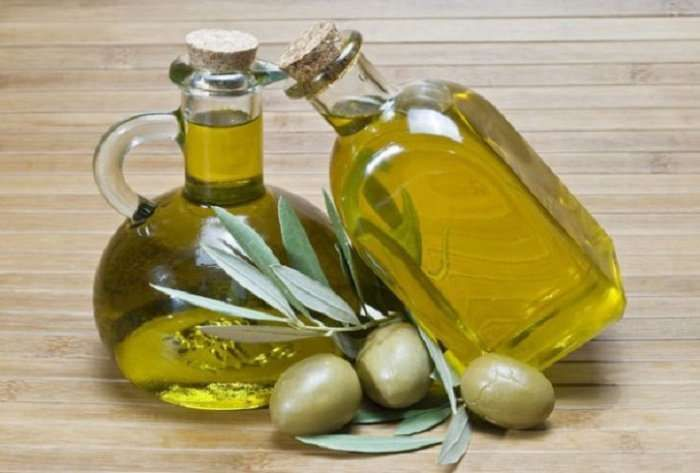Οι «μαγικές» θεραπευτικές ιδιότητες του Ελληνικού ελαιόλαδου http://www.iatropedia.gr/ygeia/i-magikes-therapeftikes-idiotites-tou-ellinikou-eleoladou/28946/