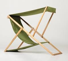 Resultado de imagen de silla pequeña madera