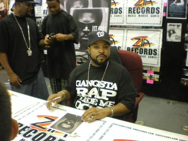 "‪#‎ThrowbackThursday‬: Ice Cube signing for fans at Zia Records in 2008, circa ""Raw Footage."""