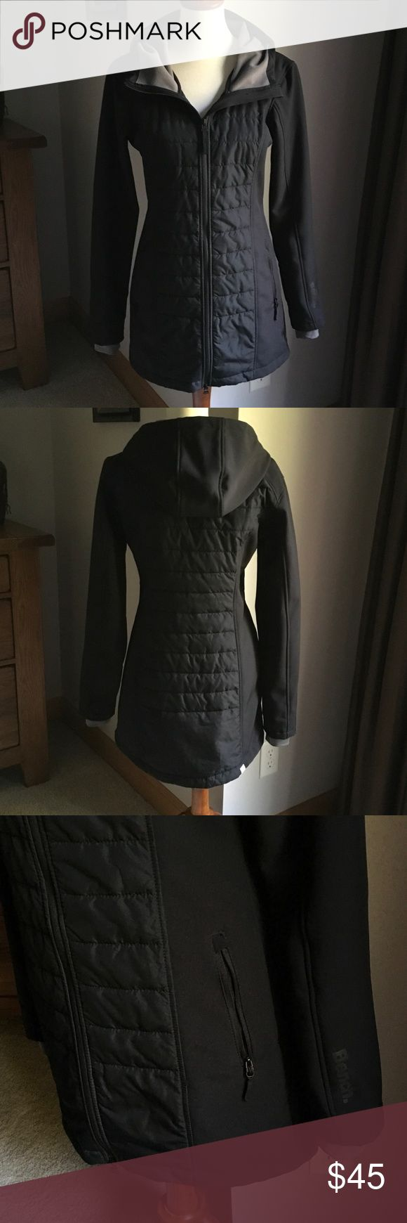Bench coat. Warm Bench trench coat. Cuffs have thumb hole for extra protection from the cold. Hood and full zip with 2 zip side pockets. Worn a couple times. Excellent condition 🌺 Bench Jackets & Coats Trench Coats