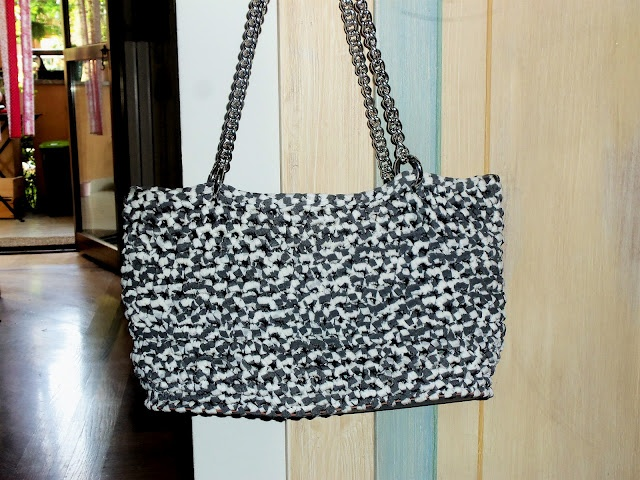 White & grey bag
