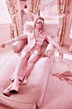 Sunday plans, all pink interior @Coveteur