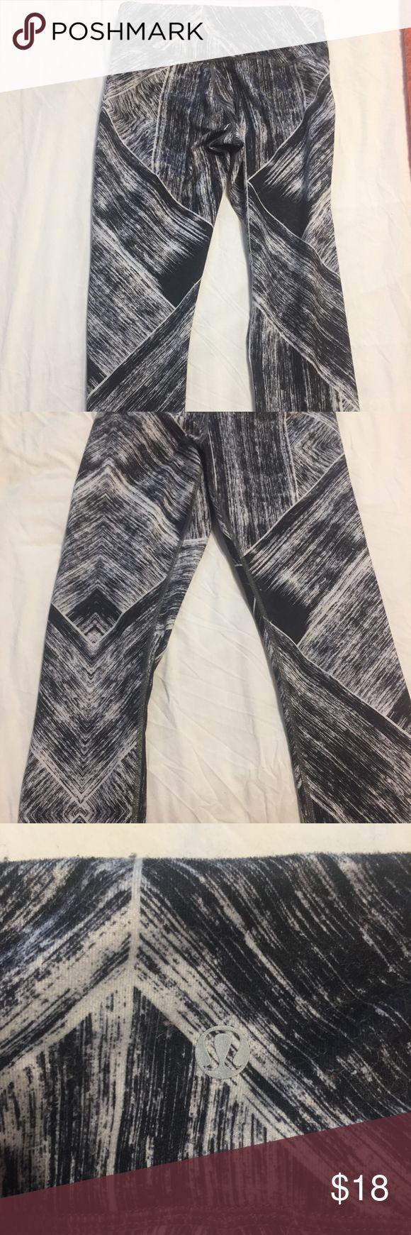 Lululemon patterned leggings Black, grey and white capri leggings, mid-rise. Have been worn but in good condition. Tag cut off. lululemon athletica Pants Leggings