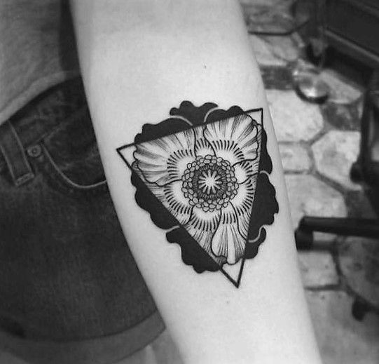 Trianlge poppy tattoo by Craig Secrist.   Poppy tattoos are extraordinary and we have found some of the most exquisite poppy tattoos ever done. Thanks for caring, thanks for sharing.