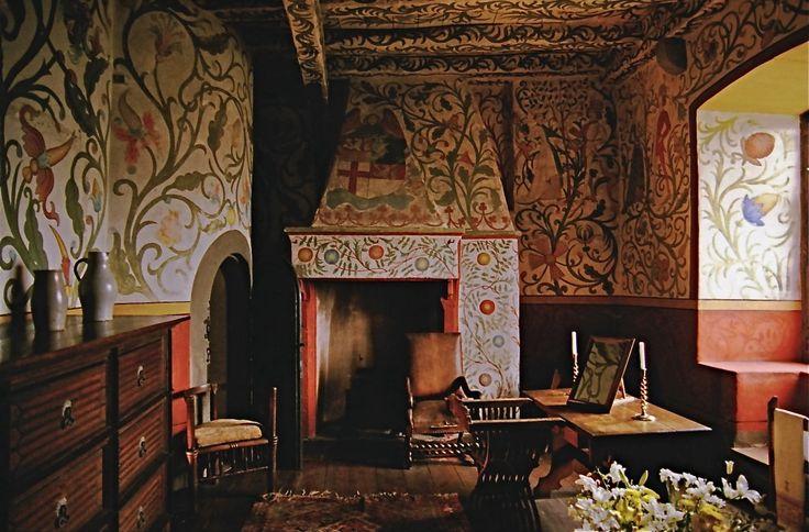 http://www.8thingstodo.com/wp-content/uploads/2013/03/Inside-Burg-Eltz-Castle-Germany-1024x674.jpg