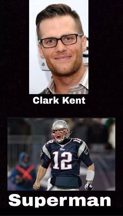 OMG!!! Just when you thought he couldn't be any hotter, Nerdy Tom! Uh huh, me likey!  Tom Brady