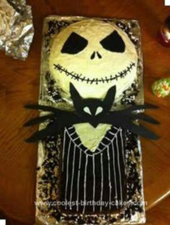 Halloween Jack Skellington Cake - We need to make this for Cassie's Halloween party! :)