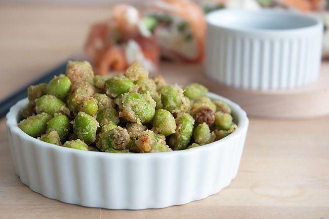 Snacks med edamamebønner med wasabi