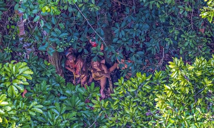 Funai critica 'teor invasivo' em imagens de índios isolados - Jornal O Globo