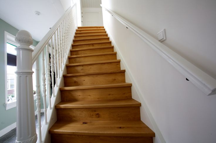 Massief eiken trap voorzien van sier balustrade trappen pinterest - Balustrade trap ...