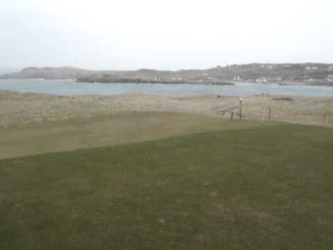 Dunfanaghy 7th tee box (360) and wind about 25 m/s says our sailor!