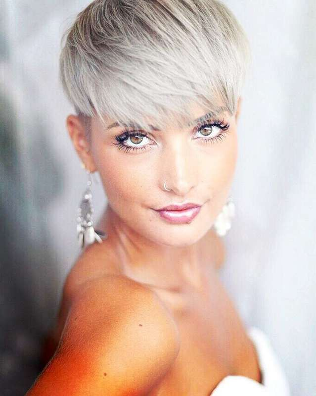 Beautiful New Female Hairstyle Video 2021 In 2020 Cute Hairstyles For Short Hair Hair Videos Short Hair Styles