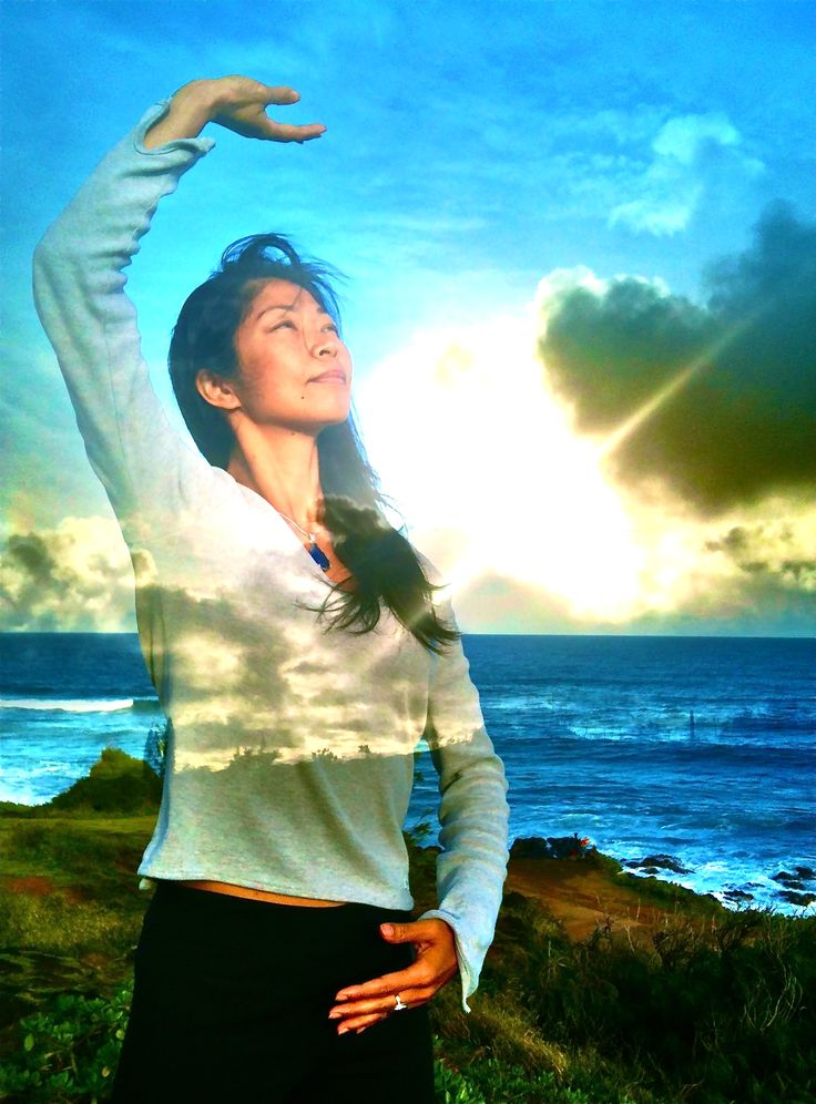 Woman Doing Qigong Exercises Repinned by www.academ.nl ...