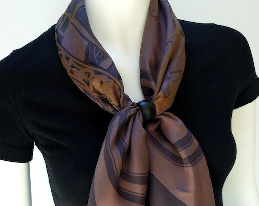 I'm very happy to introduce the latest member of the MaiTai collection scarf ring family.   The Anneau Infinity   scarf rings have a simpl...