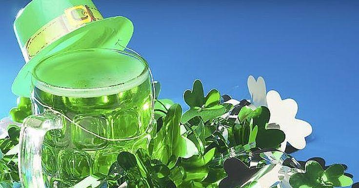 Como fazer uma festa de Dia de São Patrício verde e divertida. O Dia de São Patrício é o momento ideal para colocar seu chapeu de duende servir cerveja verde.