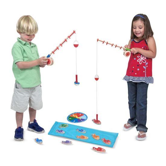 Speelgoed magneet vissen. Magneet vissen spelletje waarbij alle visjes een nummer hebben dus je ook leert omgaan met cijfers tijdens het spel!