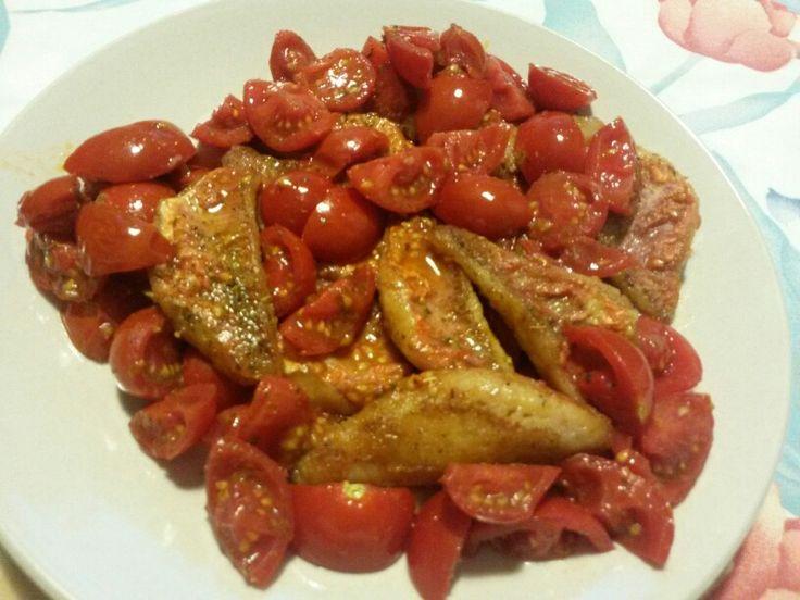 Filetti di triglia oceanica con pomodorini #secondo #pesce #triglia