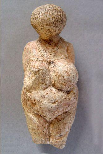 Estatuilla femenina  Paleolítico  superior  Ermitage: Femenina Paleolítico, Art, God Iconographi, Female Paleolithic, History, Estatuilla Femenina, Goddesses Female, Female Figurines, Ancient Goddesses