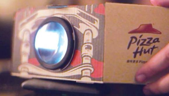 Die Blockbuster Box von Pizza Hut ist in Hong Kong ein voller Erfolg.