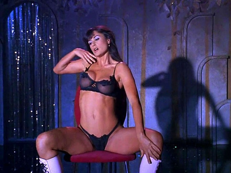 Strip Tease Lame Plot But Demi Moore S Dance Routines Were Amazing Favorite Movies