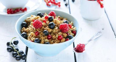 Frutas del bosque y cereal
