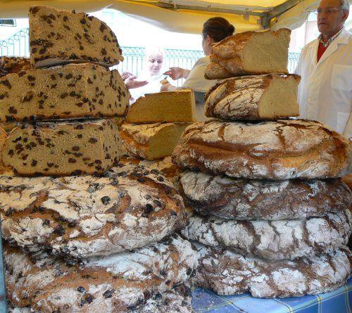 Pan gallego  y  de  nueces