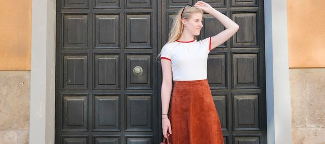 Beautiful tan suede vintage midi skirt from retro vintage store in Cagliari, Sardinia