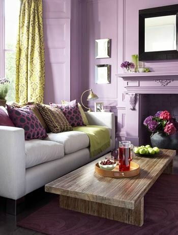 Lovely radiant orchid living room via Simone Designs! #laylagrayce #radiantorchid #pantone2014