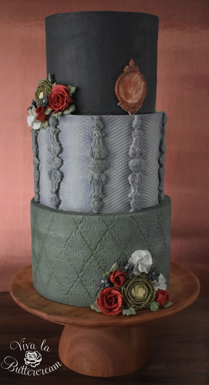 """""""The Lady Grey"""" - 100% Buttercream - featuring Americolor's new Nifty Shades of Gray! Get my review here, and see how I used the awesome new shades! 
