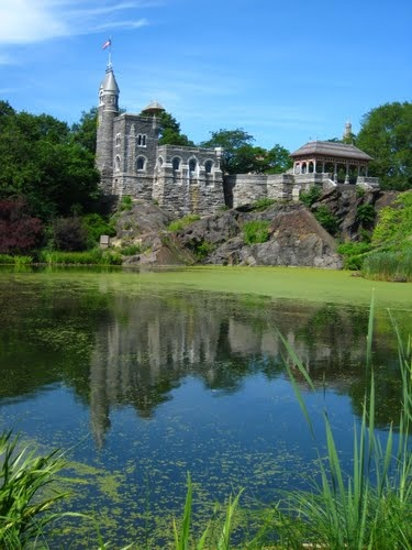 Belvedere Castle, Central Park, New York City. ---- I will definitely have to check this out one day.