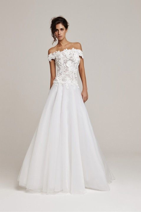 Cailand 2015 Spring Bridal Collection #wedding #dresses #gown #bridal #love
