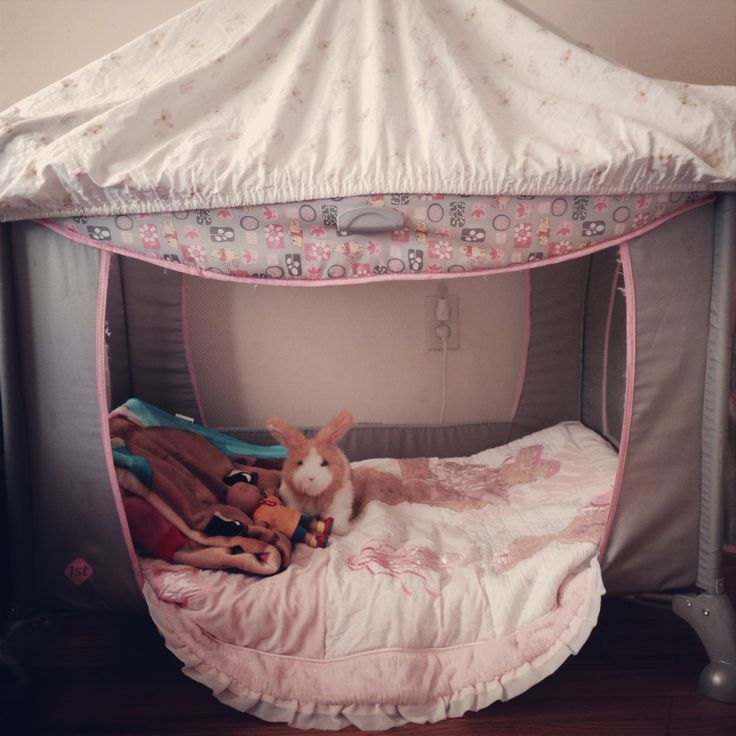 repurpose your child 39 s old playpen as a reading tent or toddler bed for the kids. Black Bedroom Furniture Sets. Home Design Ideas