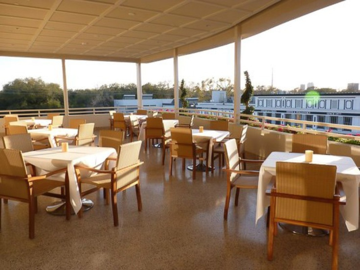 Make A Reservation At Up Restaurant 30 Minutes