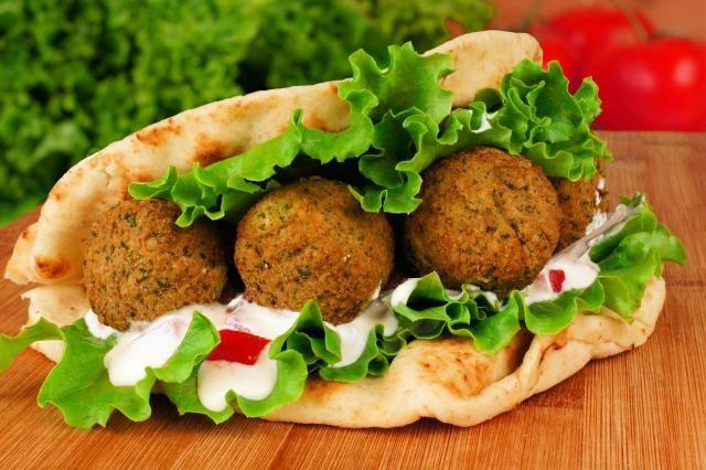 Przepis na falafel doskonały - zdrowe kotleciki ubóstwiane przez wegan #falafel #przepisy #kuchnia