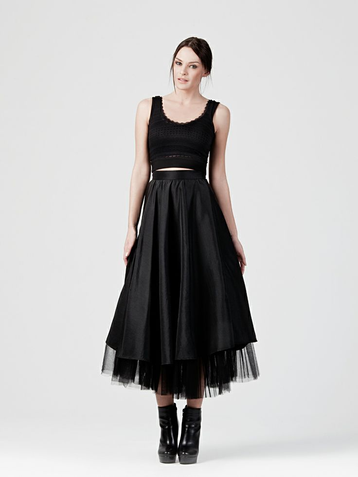 MIDI  TAFETA  SKIRT http://www.beyoubyyvonne.com/en/shop/skirts/midi-taffeta-skirt.html