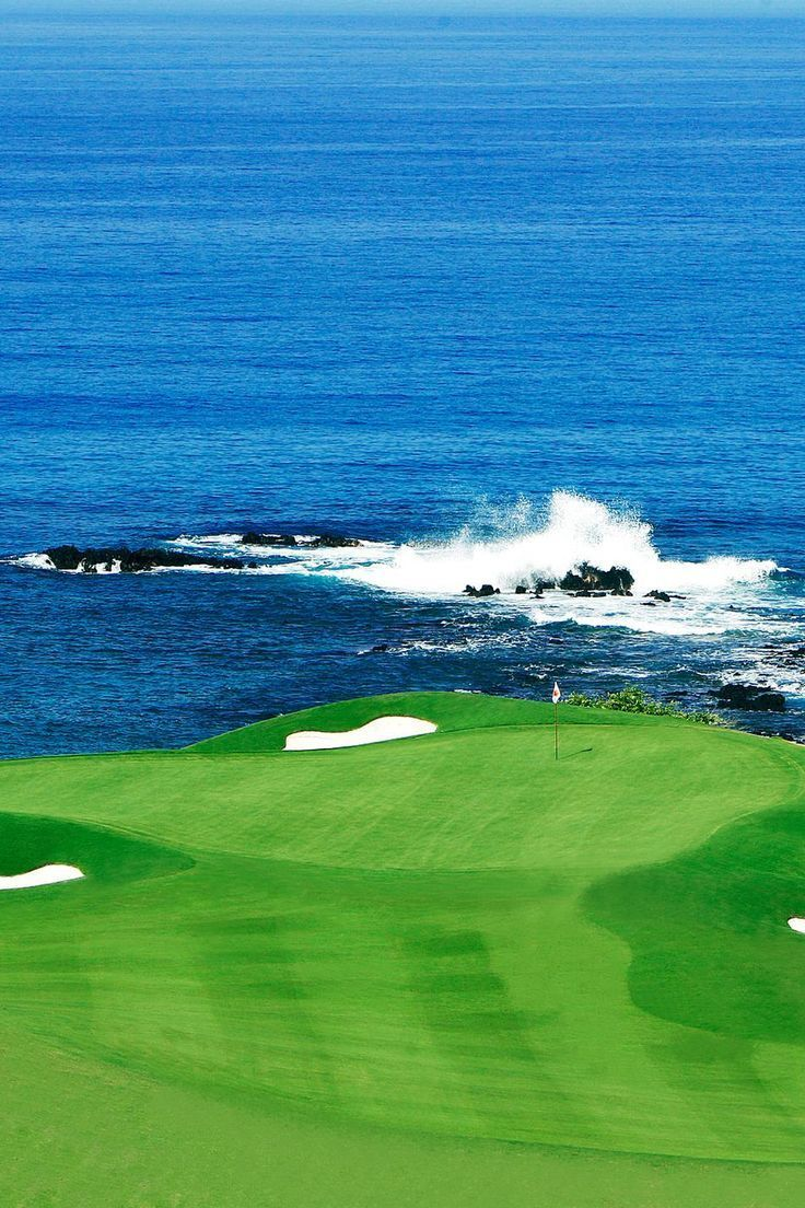 Mauna Kea Golf ourse Hole 11 | re-pinned by http://www.waterfront-properties.com/pbgpganational.php Find latest in Golf Push Carts and More @ http://bestgolfpushcarts.net/product-category/golf-push-carts/caddy-tek/