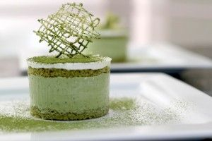 Green Tea Mousse / Ice Cream Cake by MamaLoli.     -cam