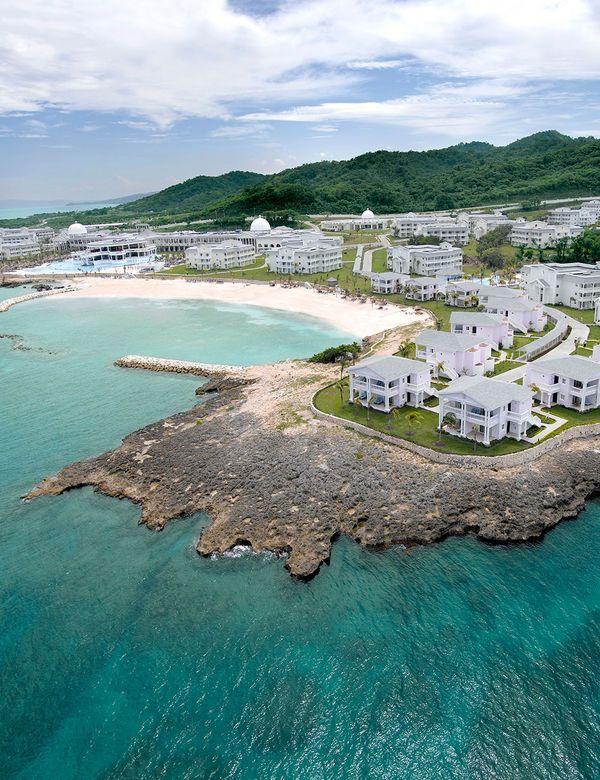 Best All-Inclusive Resorts in Jamaica | All-Inclusive Destination Weddings | All-Inclusive Honeymoons| Grand Palladium Lady Hamilton Resort & Spa, Montego Bay