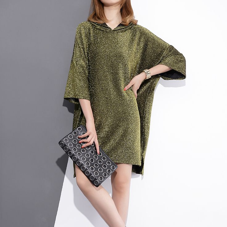 [soonyour] 2017 Spring Summer Fashion New Hooded Loose Bright Silk T Shirt Leisure Sequin Batwing Sleeve Split Tops Woman T26408